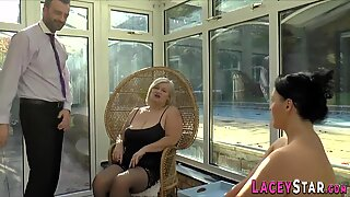 Granny and busty babe in threesome